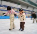 初スケートへ
