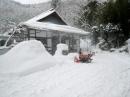 大雪と柿ピー
